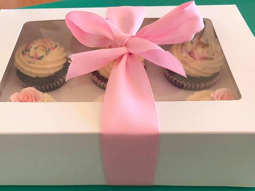 CAKE TASTING BOX