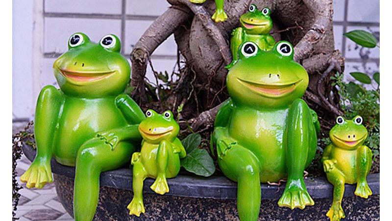 2pcs/Set Cute Sitting Frogs Decorative Ornament