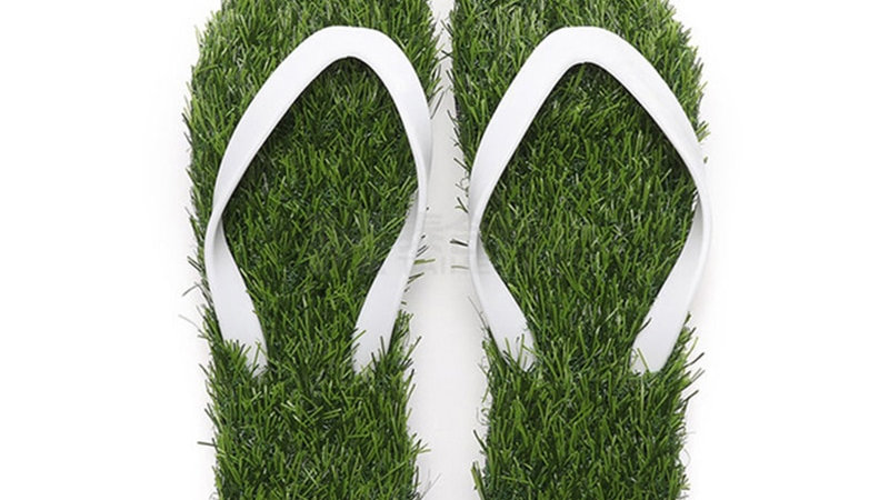 Lawn Flip-Flops