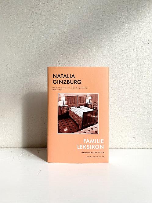 """Natalia Ginzburg """"Familieleksikon"""""""