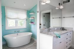 Master Bathroom Vanity and Tub