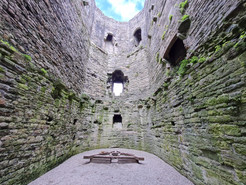 Beaumaris Castle Places to visit 2021-09-07-2.jpeg