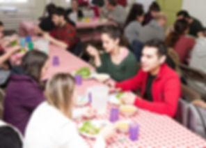 repas-communautaire-web-grand.jpg