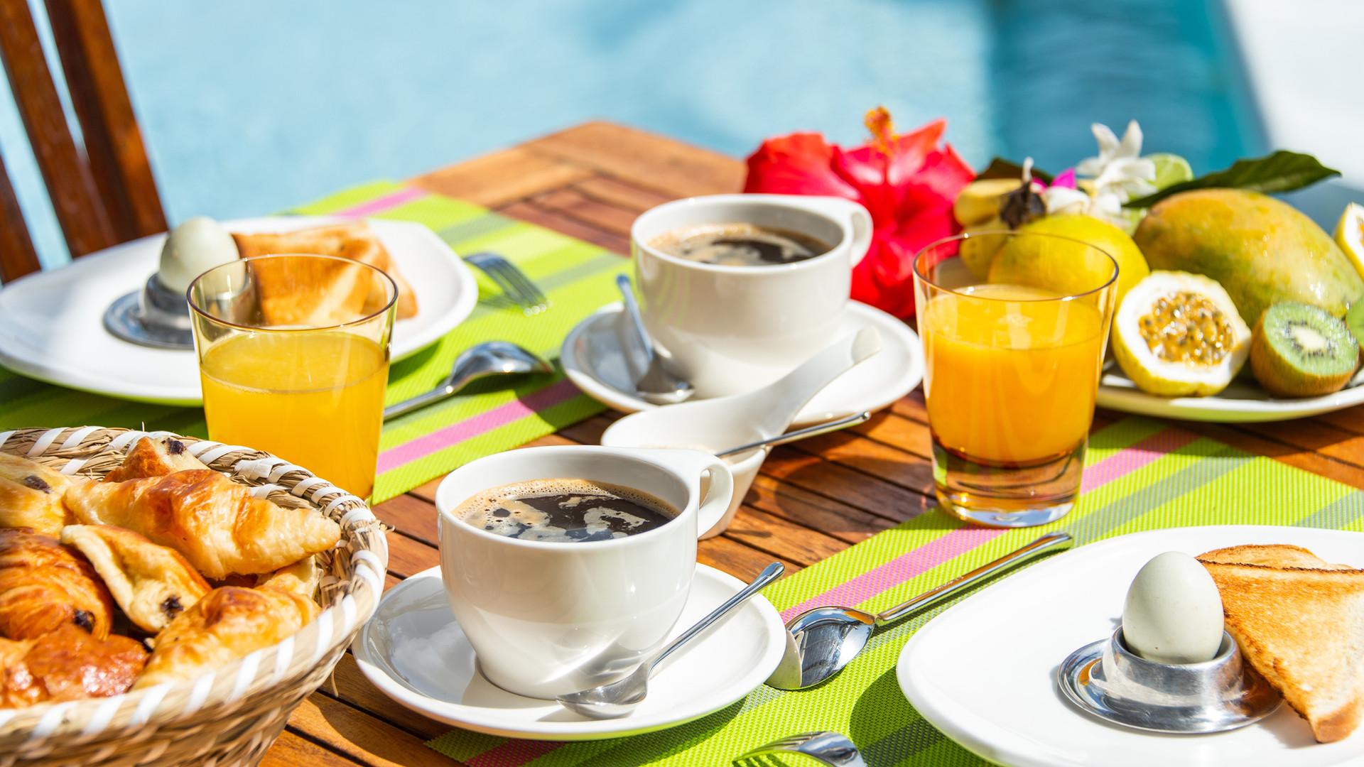 Petit déjeuner Hôtel*** Frégate Bleue Martinique