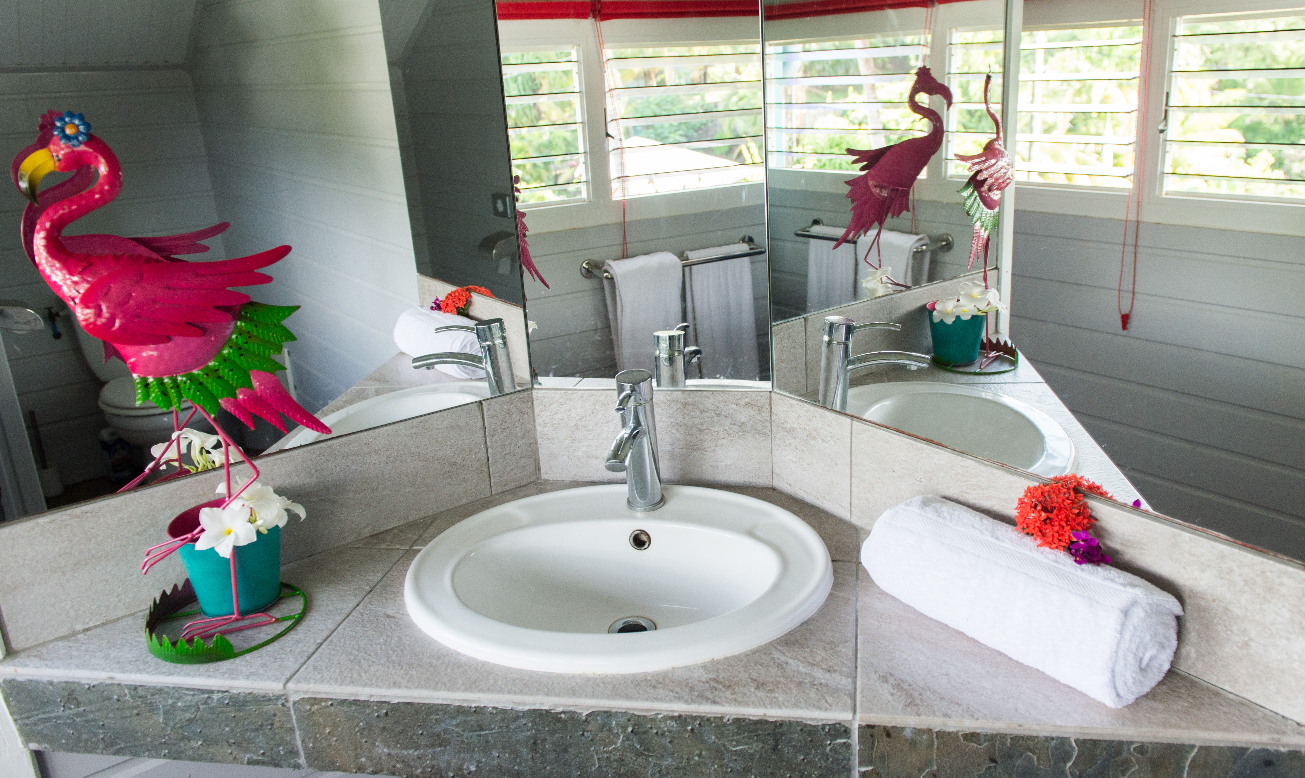 chambre 1 salle de bain maison
