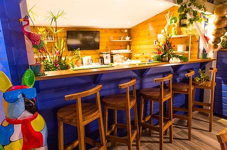 Le bar de l'Hôtel*** Frégate Bleue Le François Martinique
