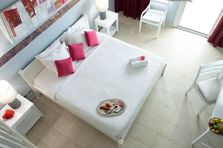 Petit déjeuner en Chambre à l'Hôtel Frégate Bleue Martinique
