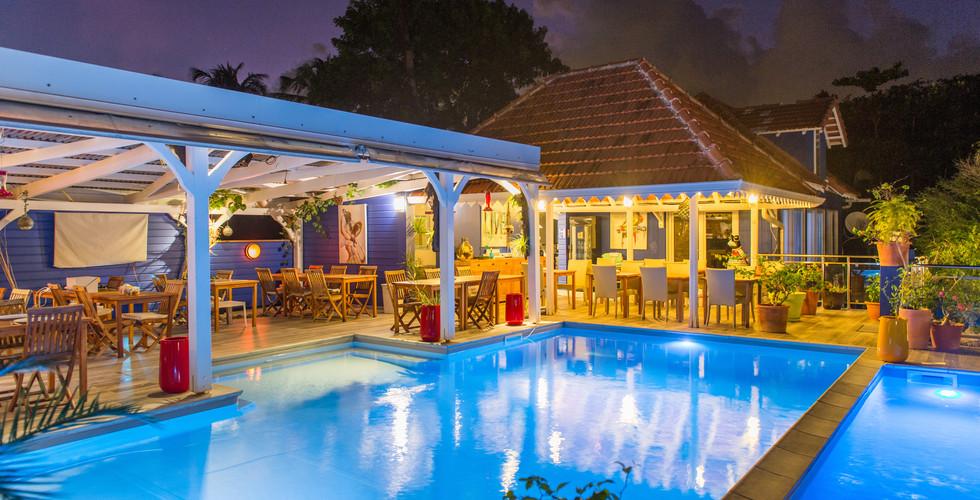 Restaurant piscine nuit103_9187.jpg