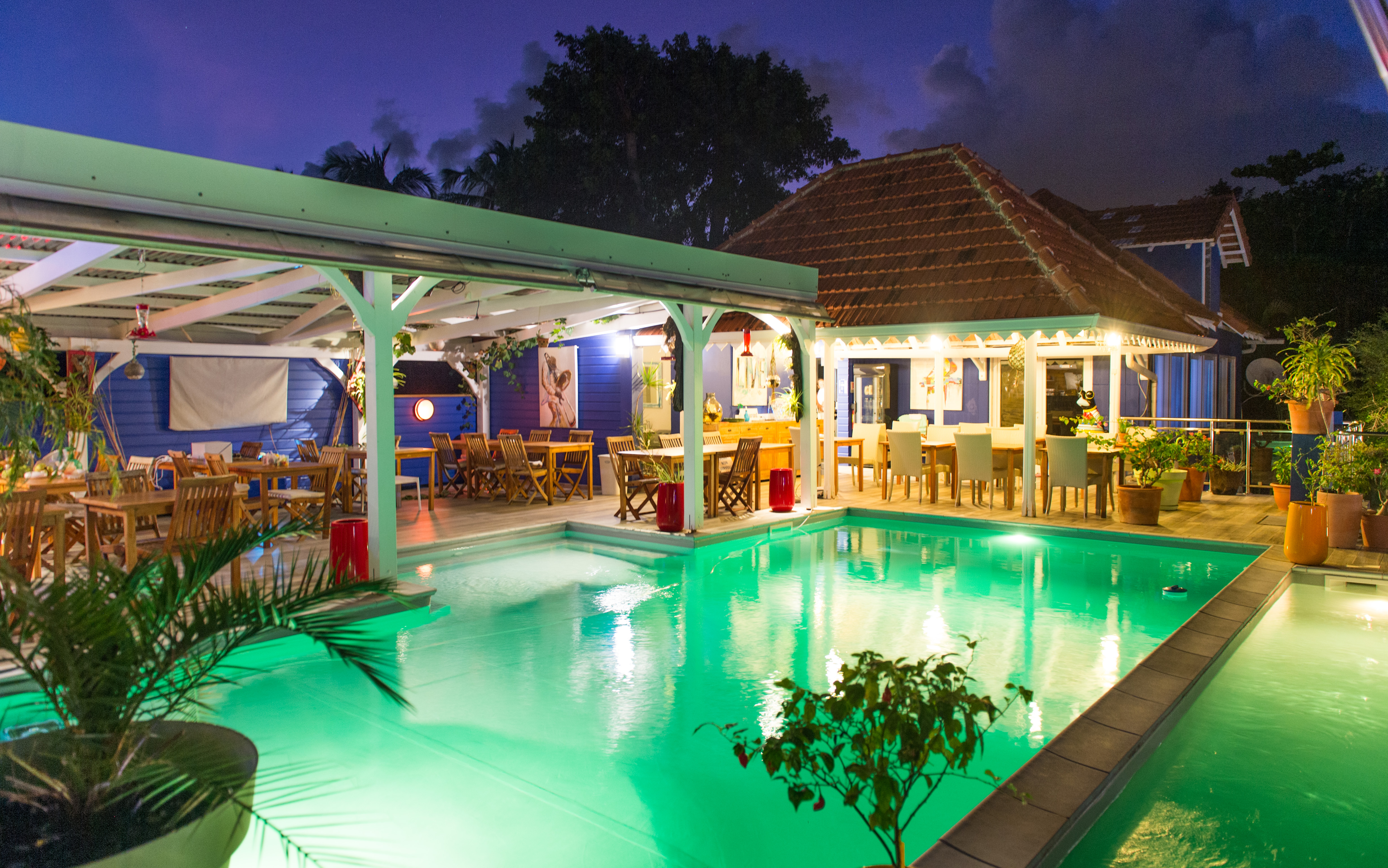 Restaurant piscine nuit103_9161