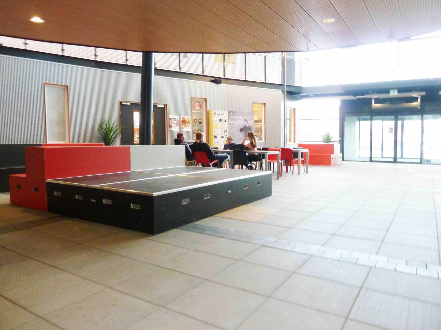 Gerrit Komrij College