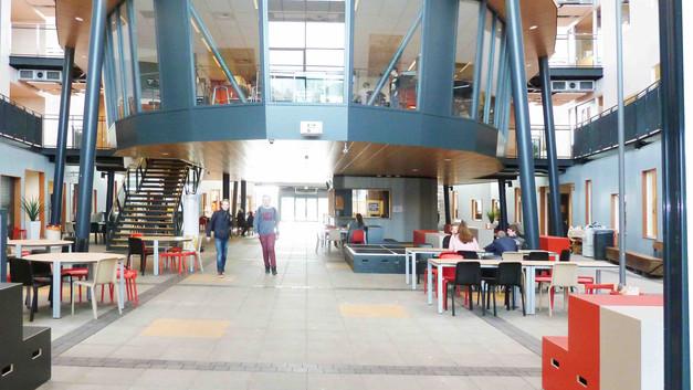Gerrit Komrij College - Winterswijk