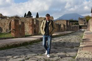 Pondering in Pompeii