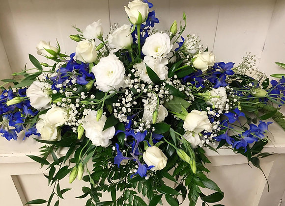 White & Blue Top Table Arrangement