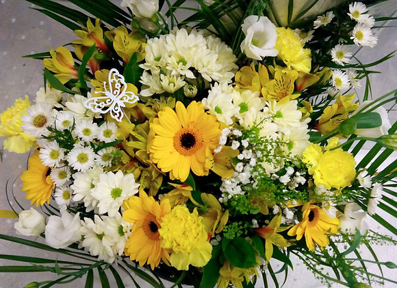 Yellow & Cream Daisy Bouquet