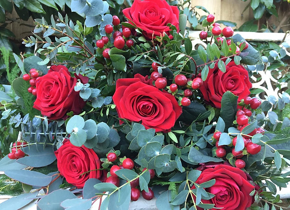 6 Red Roses & Wild Berry Mix