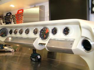 GT40 Dash Detail