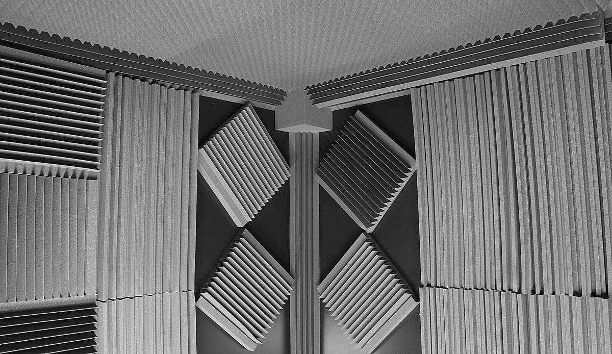 Студия номер два акустичкие панели