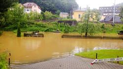 Hochwasser 2013 - Vorbereitung der Evakuierung an der Elbaussicht