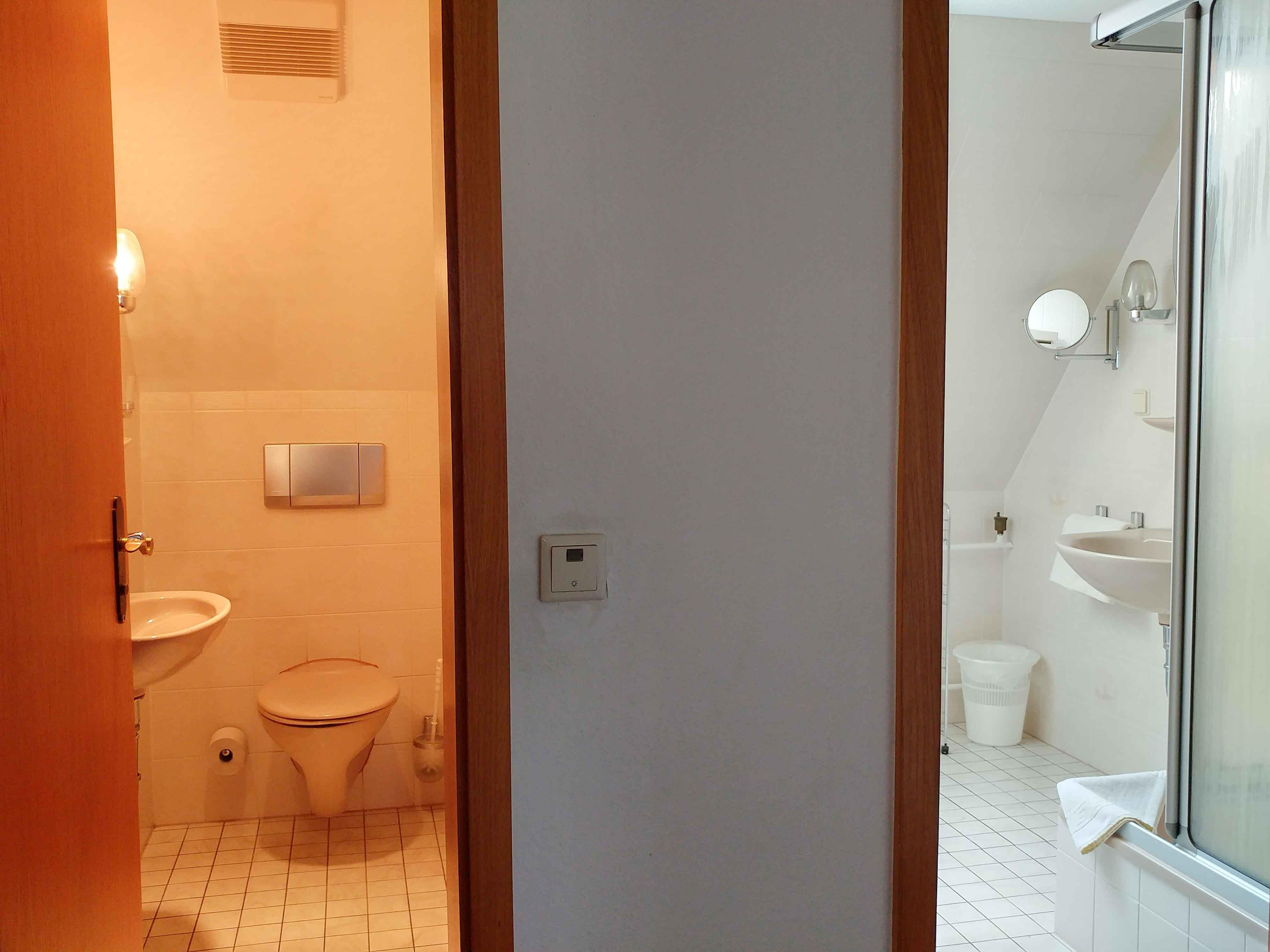 FeWo_Lilienstein_Toilette_Dusche