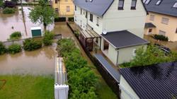 Hochwasser 2013 - Das HW hat die Nachbarn der Elbaussicht erreicht