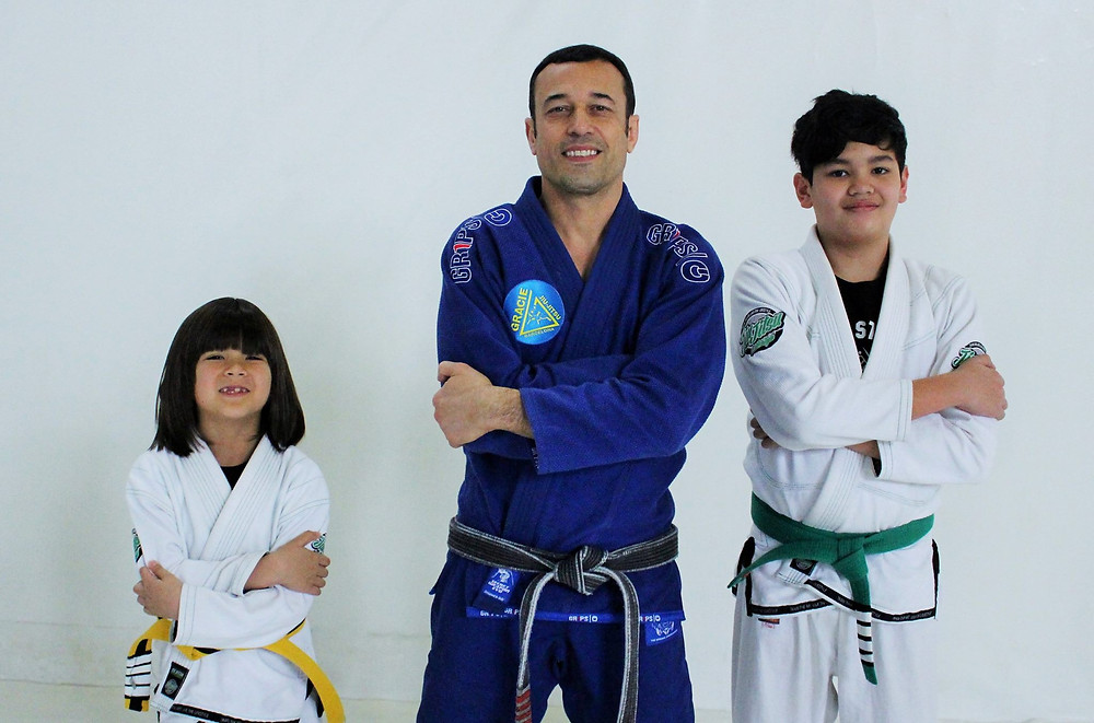 ROBIN GRACIE MIT MADDOX UND MARIO (JUNIOR) STAPEL