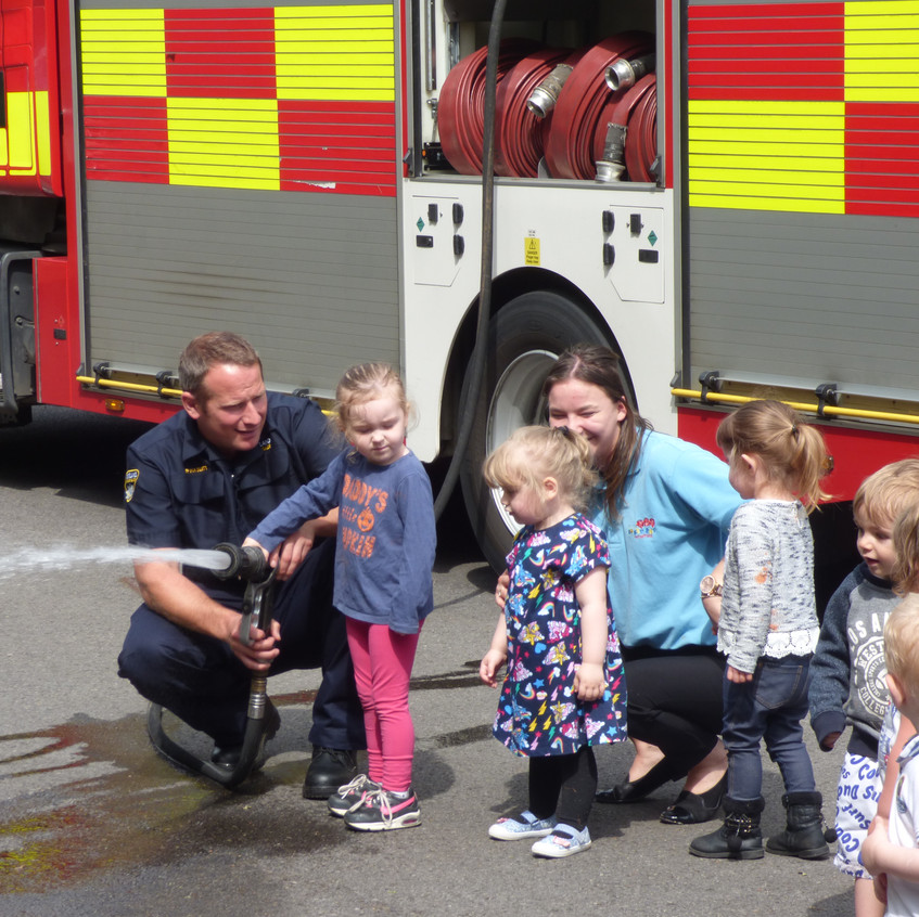Rosedene Nursery in Hemlington gets Fire Service Visit (7)