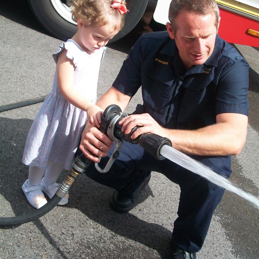 Rosedene Nursery in Hemlington gets Fire Service Visit (1)