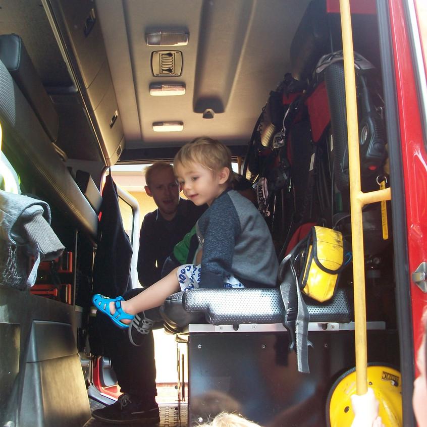 Rosedene Nursery in Hemlington gets Fire Service Visit (38)