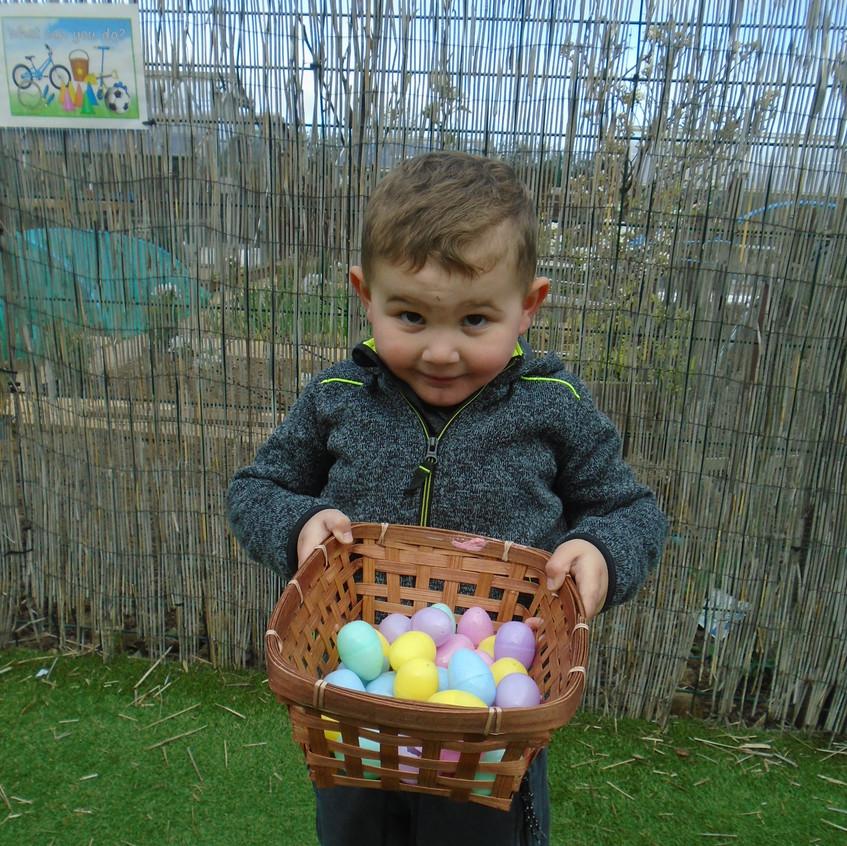 Hemlington Initiative Centre Easter Egg Hunt (12)