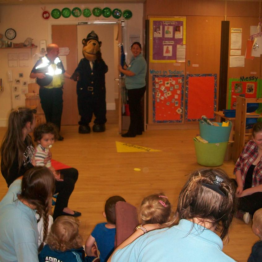 Rosedene at Hemlington Childrens Centre get police visit (4)