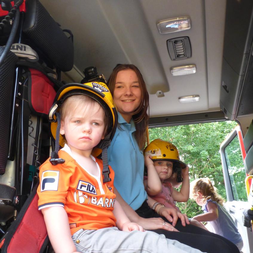 Rosedene Nursery in Hemlington gets Fire Service Visit (24)