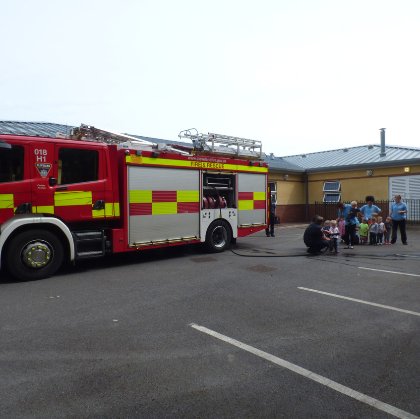 Rosedene Nursery in Hemlington gets Fire Service Visit (9)