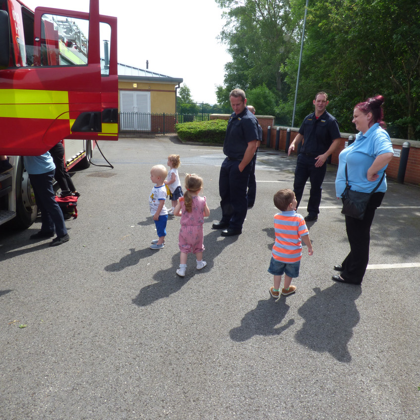 Rosedene Nursery in Hemlington gets Fire Service Visit (25)