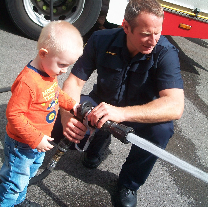Rosedene Nursery in Hemlington gets Fire Service Visit (2)