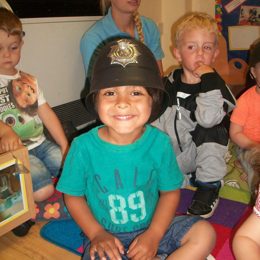 Rosedene at Hemlington Childrens Centre get police visit (2)