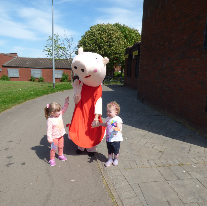 Rosedene Nurseries Hemlington Childrens Centre Muddy Puddle Walk 2 (8)