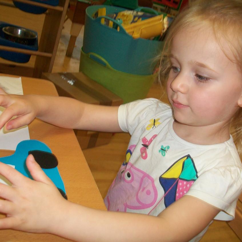 Rosedene at Hemlington Childrens Centre get police visit (11)