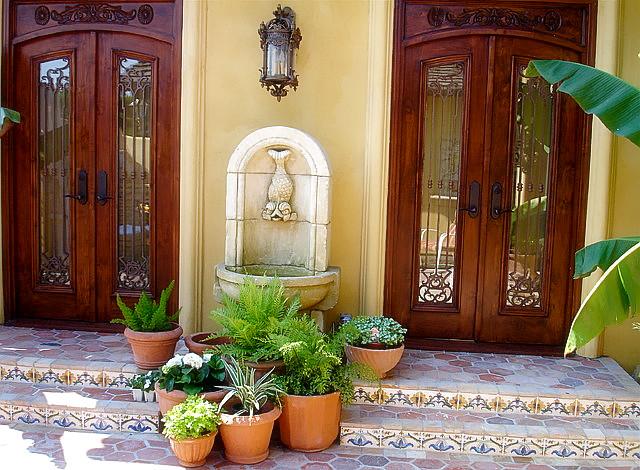 San Jose Tuscan: Entry