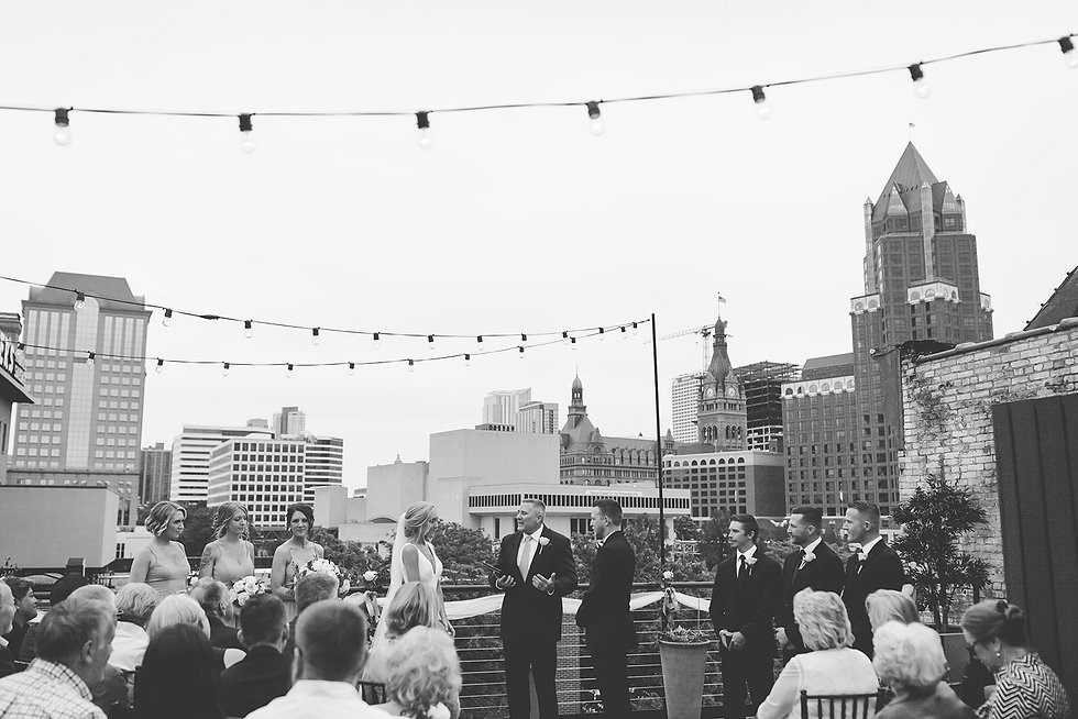 wedding-ceremony-at-vista-milwaukee-even