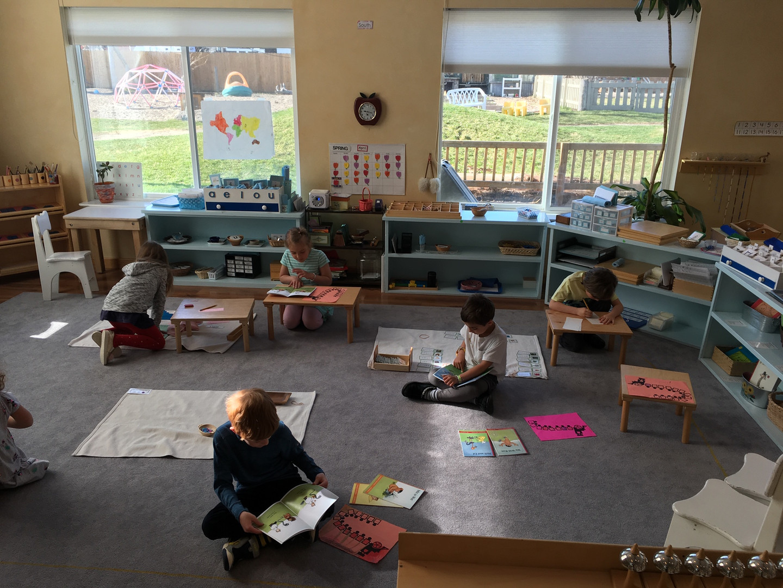 Children independently working