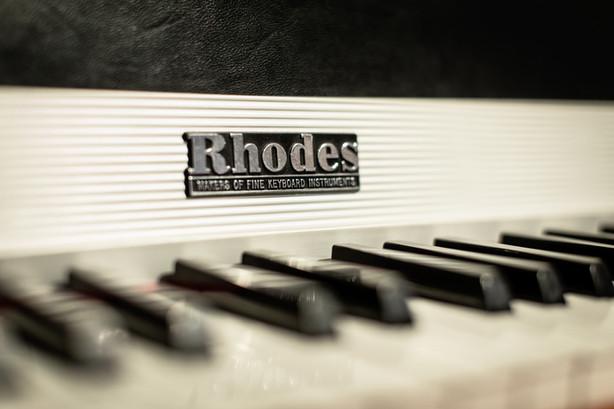 The Jam Lab Vintage Rhodes Electric Keyboard