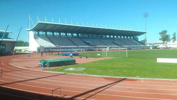 stadion 100kb.jpg