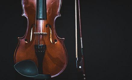 Violin Services at AH Music Grantham