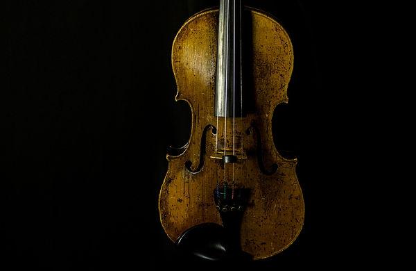 Full String Violin Restringing Service at AH Music, Grantham | Violin Services