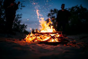 campfire-burning-630x420.png