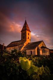 Eglise romane de Fixey au lever du jour - côte d'or.