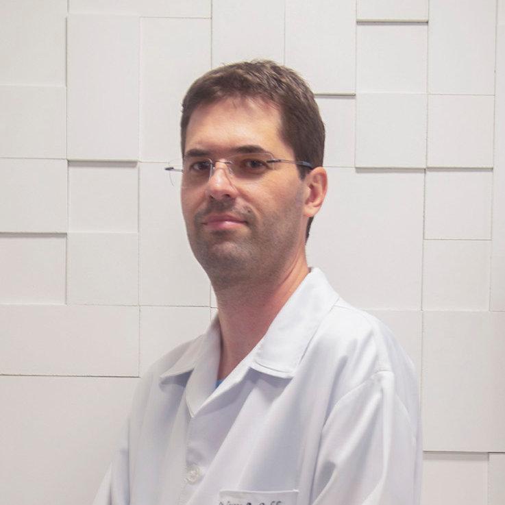 Dr. Lucas Andrade Caldas