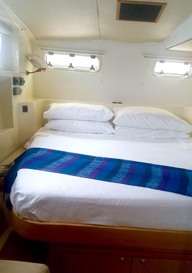 Starboard-Owners-Cabin.jpg