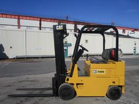 Forklift Cat T40D .jpg