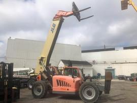 Forklift JLG.jpeg